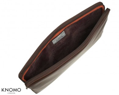 knomo-macbook-pro-uni-sleeve-marron-4